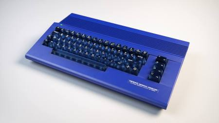 C64 C blue case and keys