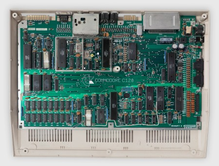 Commodore 128 motherboard